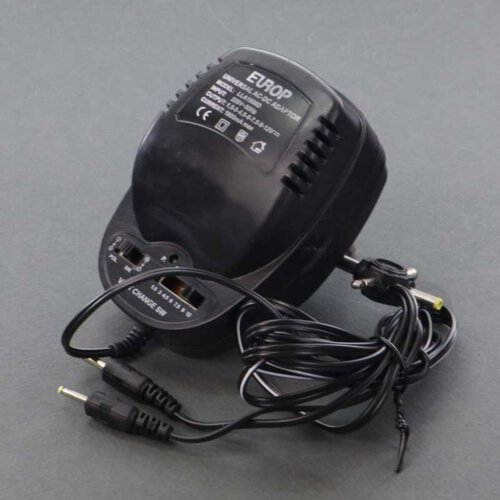 آداپتور متغیر 12 ولت سینا 2000 مدل LLA1000D