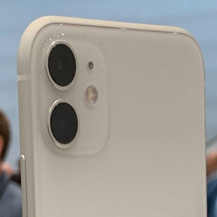 گوشی موبایل اپل مدل iPhone 11 دو سیم کارت ظرفیت 128 گیگابایت (دست دوم)