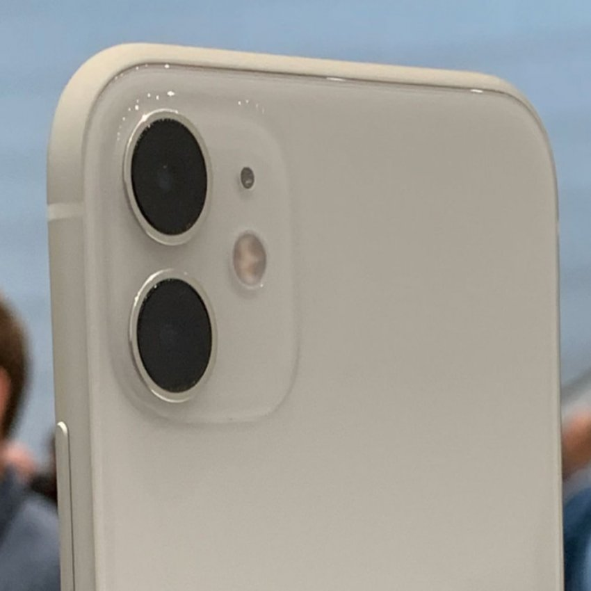 گوشی موبایل اپل مدل iPhone 11 دو سیم کارت ظرفیت 256 گیگابایت (دست دوم)