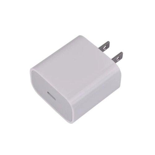 شارژر آیفون فست شارژ اورجینال 3 آمپر 18 وات PD تایپ سی مناسب برای Iphone 11 کیفیت سر کارتونی شرکتی